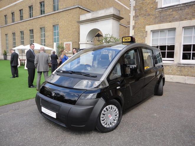 Hedefi Londra taksisi olmak