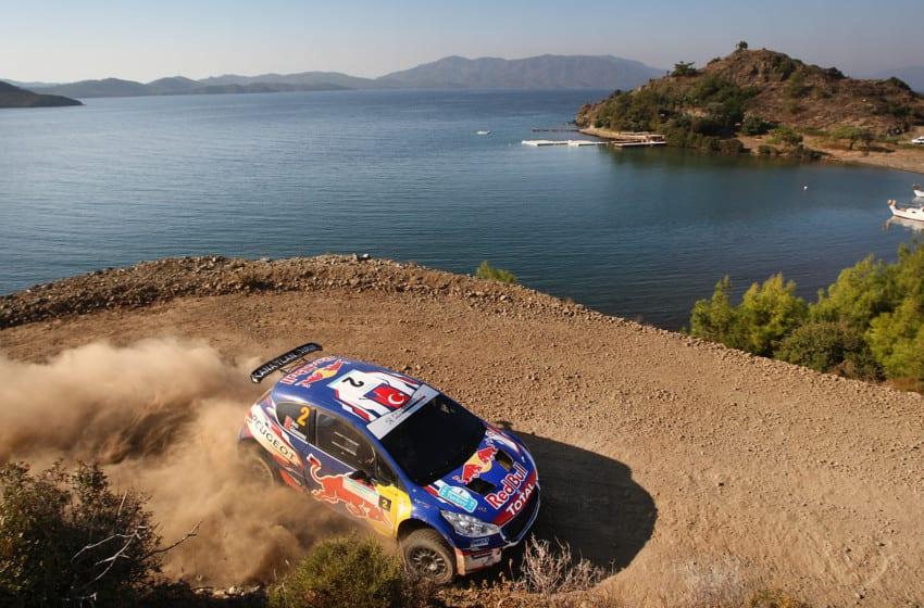 Avcı-Gücenmez ikilisi Peugeot 208 T16 R5 ile Portekiz'e hazırlanıyor