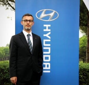 Mehmet Akin - Hyundai Assan Pazarlama Genel Mudur Yardimcisi www.e-motoring.com
