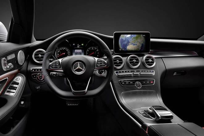 Mercedes-Benz C Serisi www.e-motoring.com
