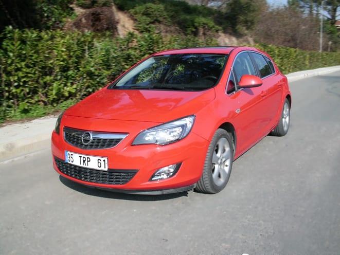 Opel Astra 1.4 Sport Turbo
