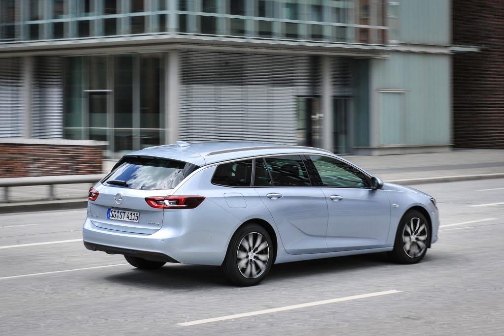 Opel-Insignia-Sports-Tourer