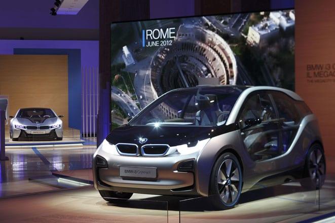 BMW'nin i turnesi başladı