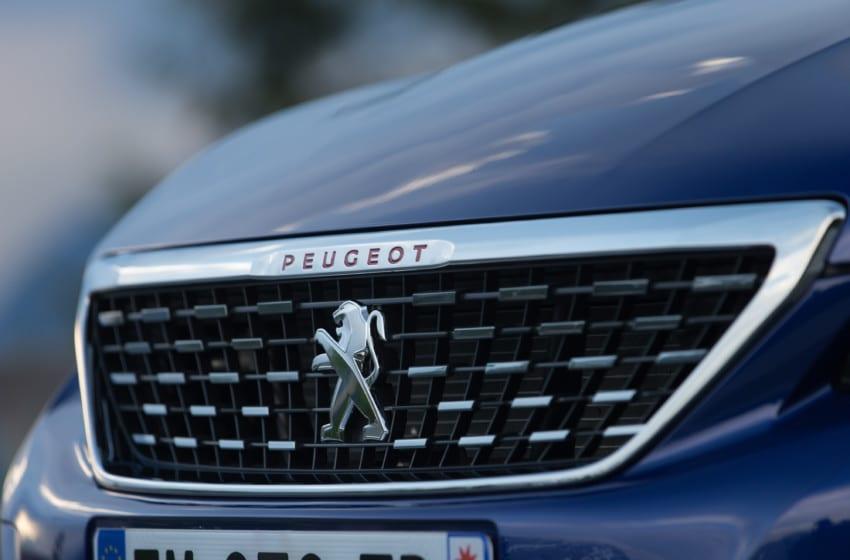 Peugeot 308'e teknolojik gençlik aşısı
