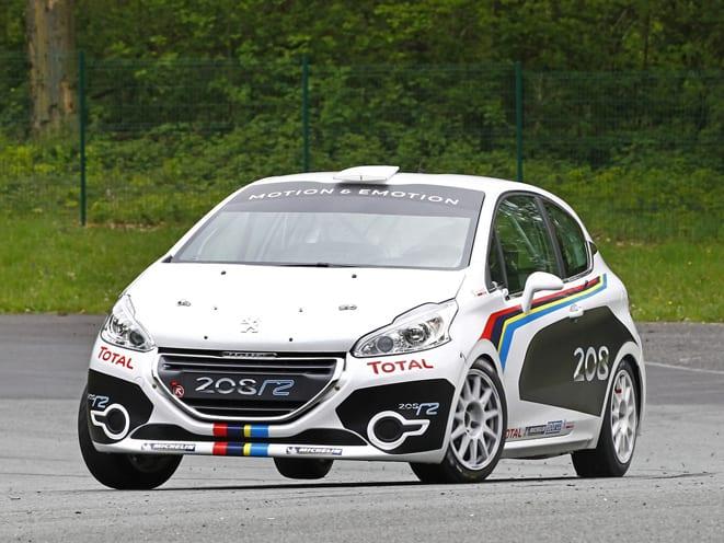 Peugeot_208 www.e-motoring.com