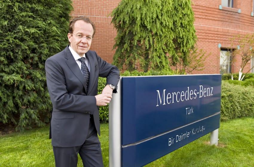 Mercedes'ten rekor dolu yarıyıl karnesi