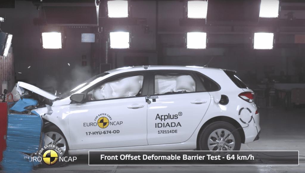 Hyundai i30 crash test