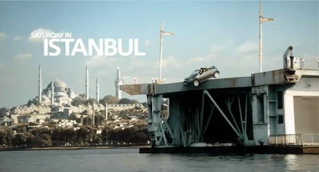 MINI Roadster reklamı yine İstanbul'da sürüyor