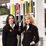 Shell Pazarlama Müdürü Pınar Mavituna ve Burcu Esmersoy 2