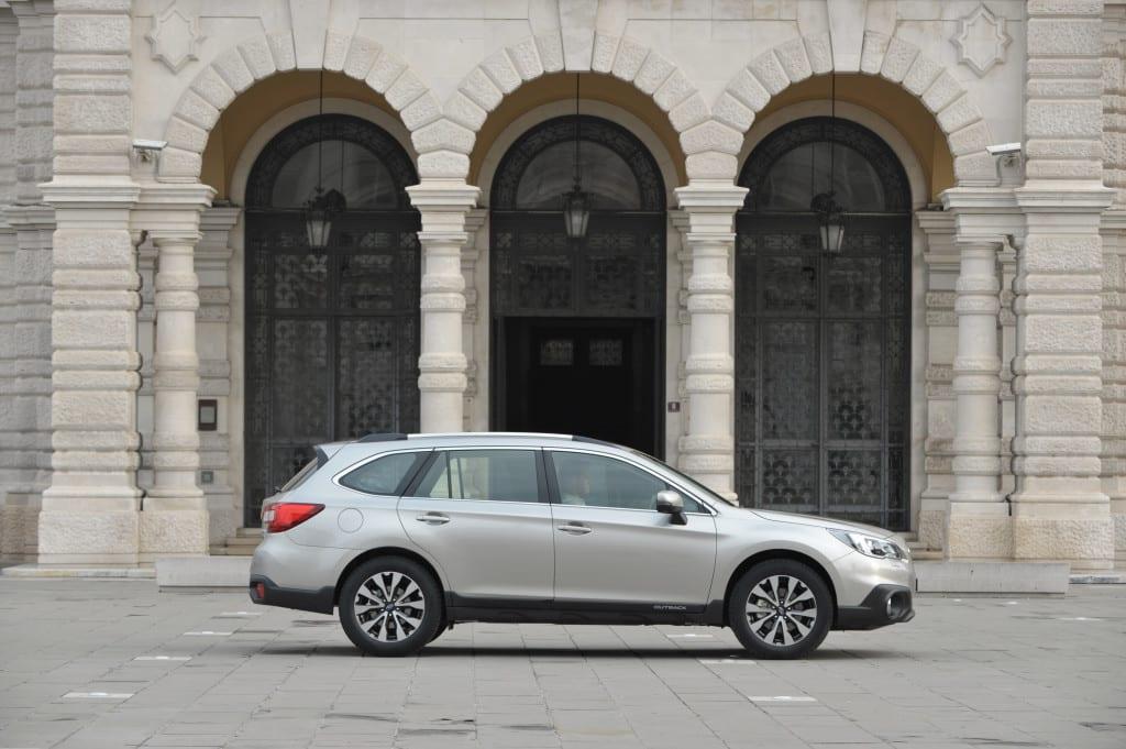 Subaru Outback www.e-motoring.com