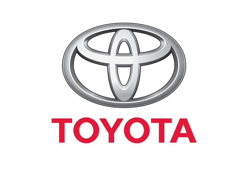 """Toyota'dan """"Güvenli Kullan"""" Daha Az Sigorta Primi Öde Sistemi"""