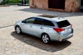 Toyota Auris Touring Sports www.e-motoring.com