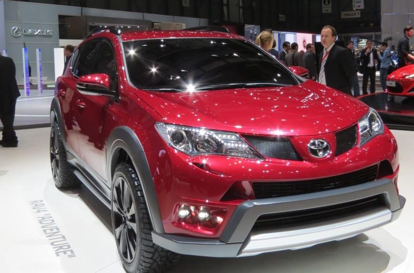Toyota'dan 3 dünya 1 Avrupa prömiyeri