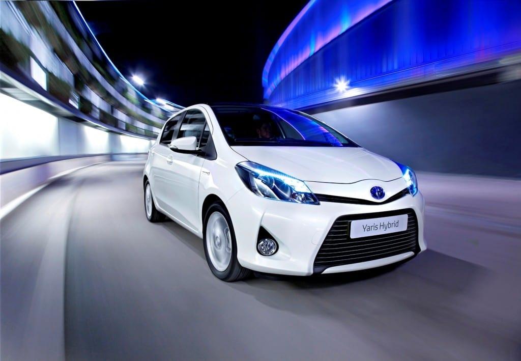 Toyota Yaris Hybrid www.e-motoring.com