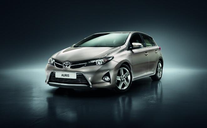 Yeni Toyota Auris www.e-motoring.com