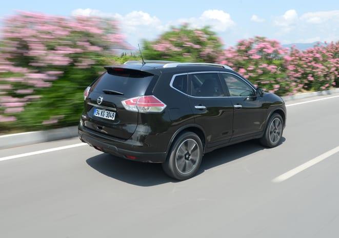 Nissan X-Trail www.e-motoring.com