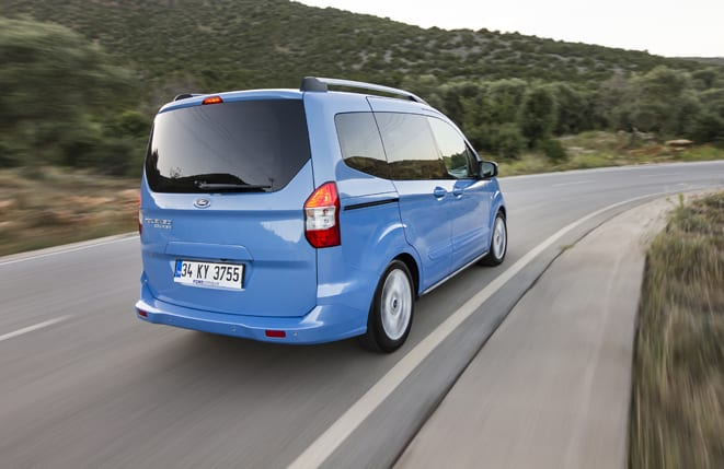 Ford Tourneo Courier www.e-motoring.com