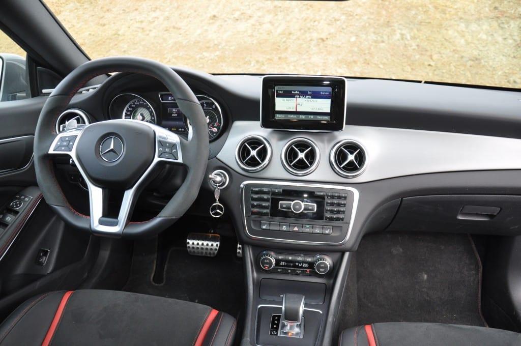 Mercedes-Benz CLA45 AMG www.e-motoring.com