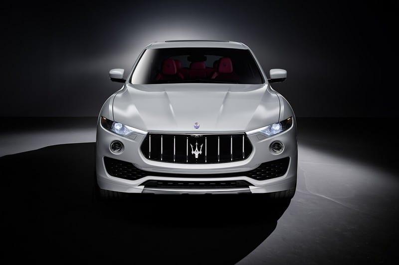 Maserati Levante Cenevre'de podyuma çıkıyor