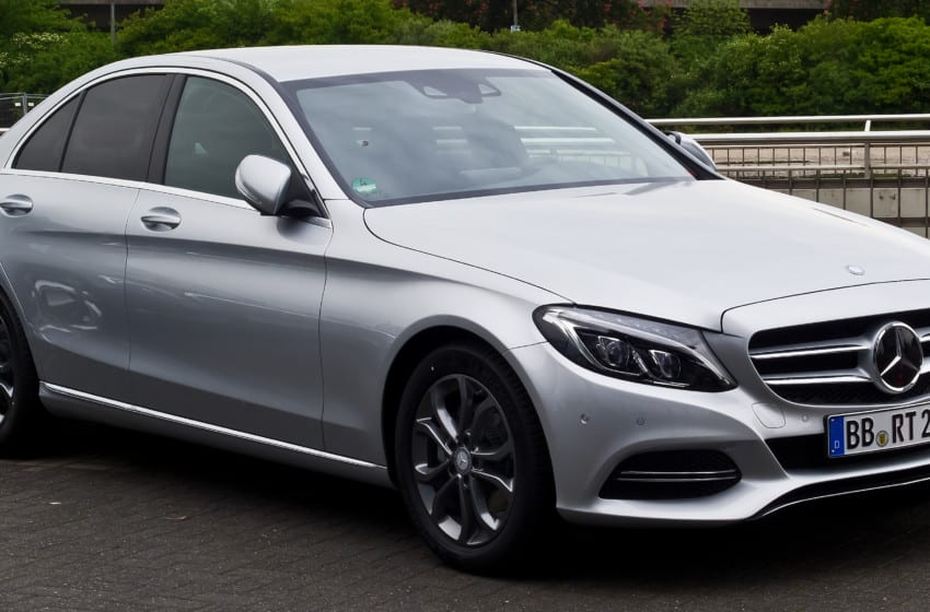 Mercedeslere Güney Afrika zammı